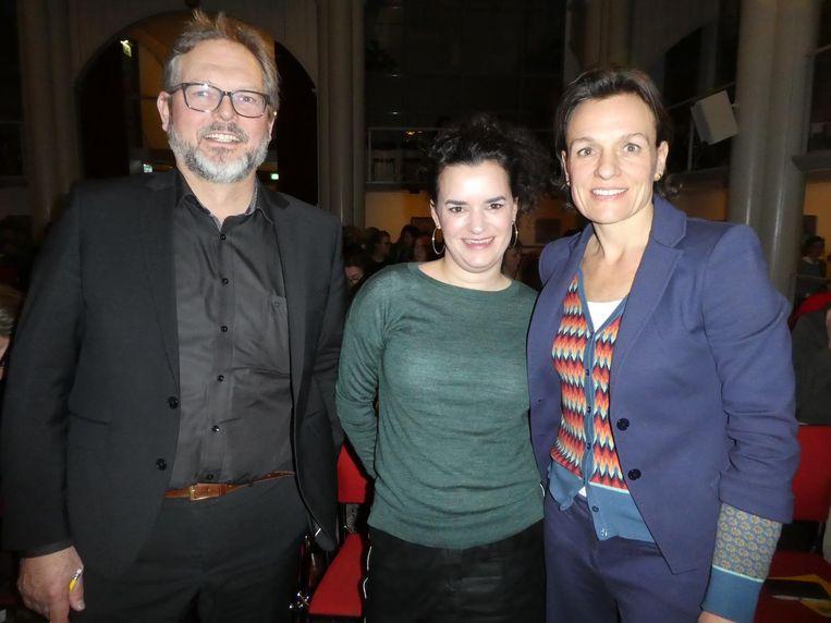 Adviseur Aart Goedhart, Maartje Molenaar, host van de avond, en spreker Barbara van der Steen. De kern: wees een personage in je eigen levensverhaal. Beeld Hans van der Beek