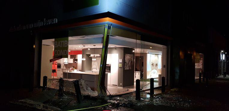 De winkel liep structurele stabiliteitsproblemen op door het ongeval.