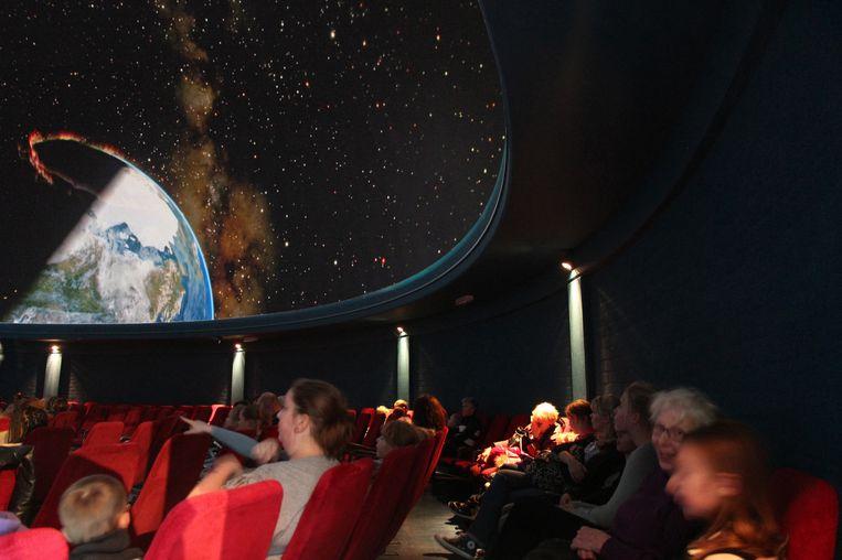 Het Planetarium in Artis is zaterdagavond open voor publiek Beeld Mark spoelstra