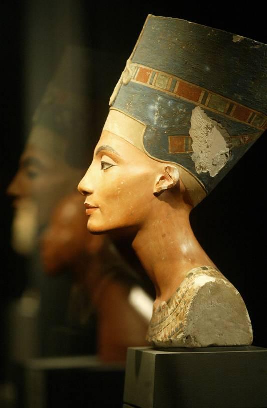 Een buste van koningin Nefertiti