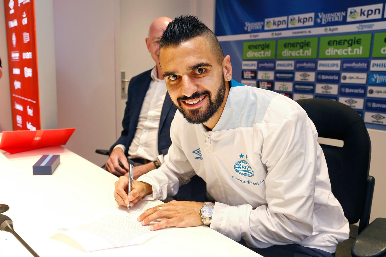 Aziz Behich is dolblij met PSV.