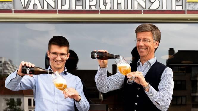 """Maak kennis met Omer Géry (27), de vijfde generatie Vander Ghinste: """"Liever een extra liter Omer in België, dan tien extra liter Omer in China"""""""