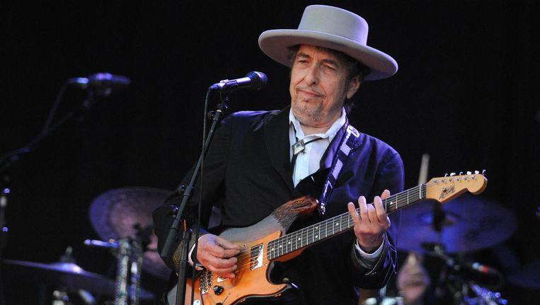 Bob Dylan treedt op tijdens de 21e editie van het Vieilles Charrues festival in Carhaix-Plouguer, op 22 juli 2012. Beeld anp