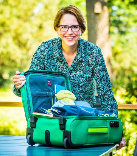 Haaksbergse biedt kinderen in nood een koffertje van onschatbare waarde