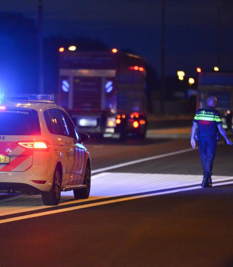Politieonderzoek op A16 Breda na melding schietpartij