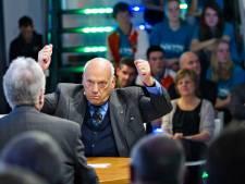 Oud-topman Philips Jan Timmer veegt vloer aan met opvolgers