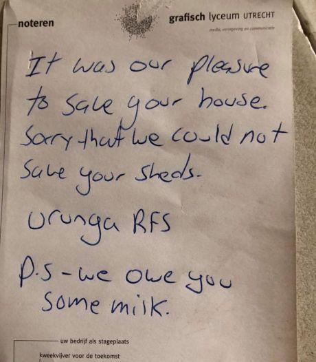 Australische brandweerlieden laten na redden huis beleefd briefje achter