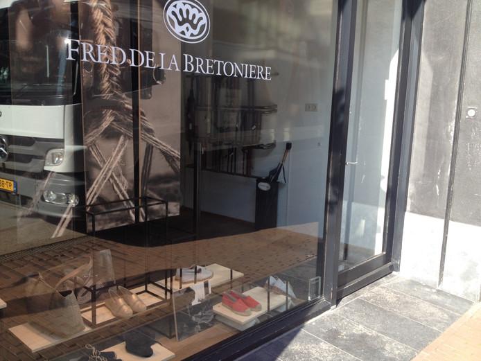 Een winkel van Fred de la Bretoniere is gevestigd aan de Kerkstraat in Den Bosch.