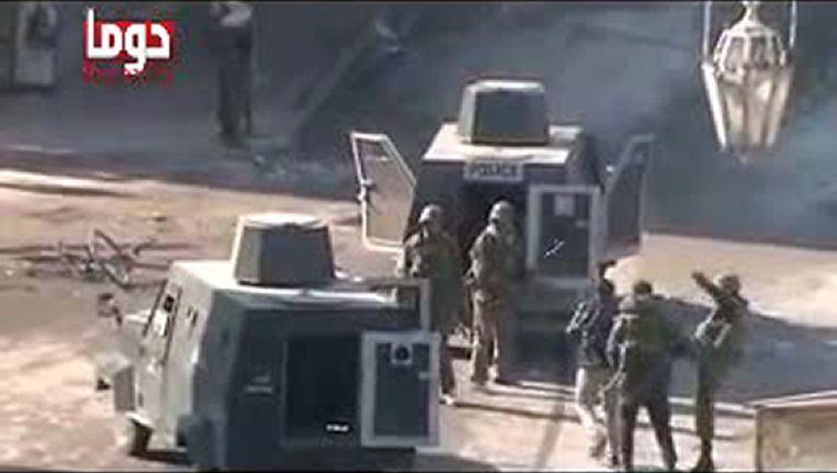 Beelden op YouTube van een arrestatie Beeld AFP