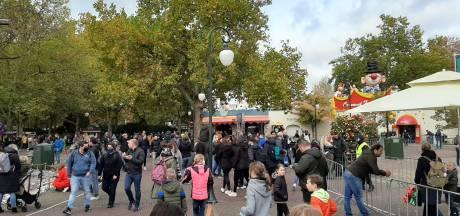 In De Efteling staan nog overal lange rijen: 'We geloven dat het verantwoord is'
