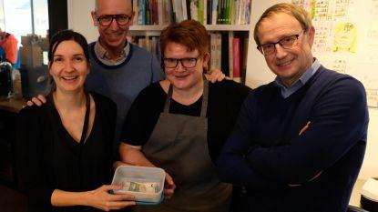 Het Looks schenkt driehonderd euro aan sociale kruidenier