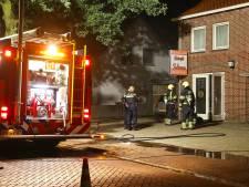 Buurvrouw komt met de schrik vrij na autobrand Geffen, 'Dit is poging tot doodslag'