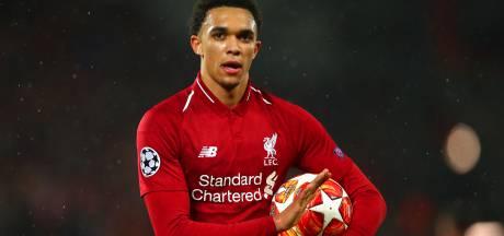 Liverpool-rechtsback Alexander-Arnold haakt met rugblessure af bij Engeland