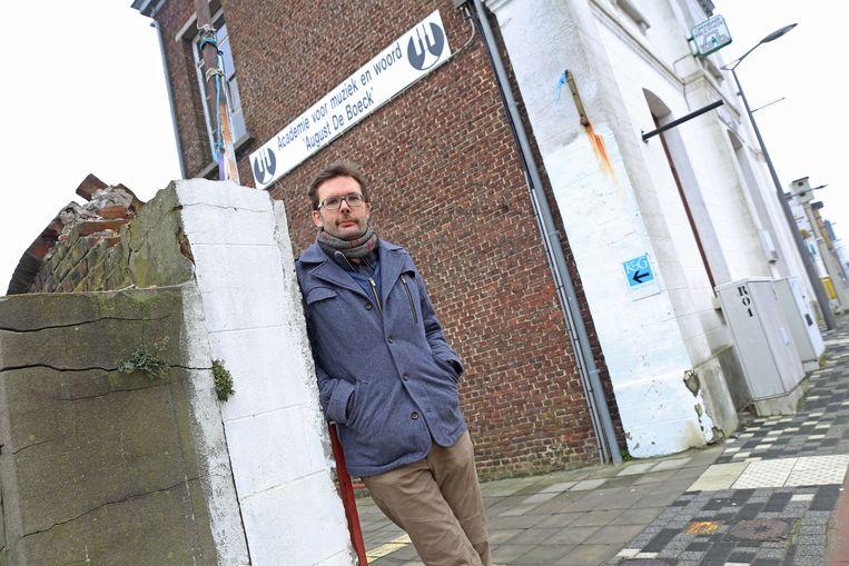 Pieter Van Dessel van Marble Sounds bij de muziekacademie waar hij zijn eerste pianolesjes kreeg.