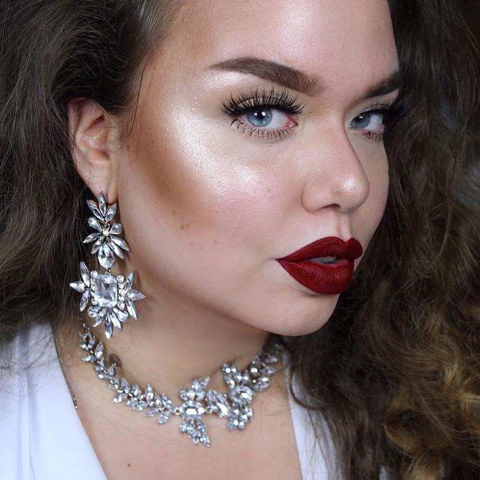 """Rebekka Theenaart: """"Ik vind het fascinerend om te zien hoe ik mezelf met make-up kan... verbouwen."""""""