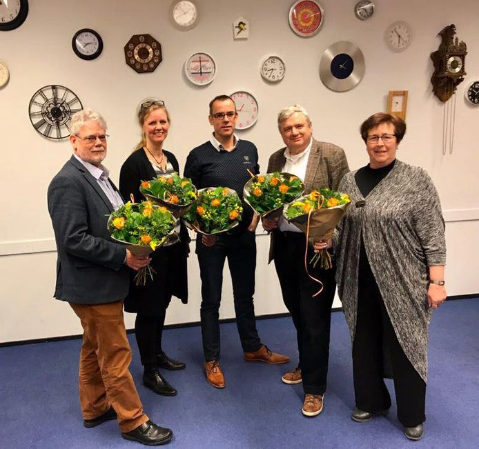 De eerste 5 op de kieslijst van het CDA Goirle en Riel tijdens de laatste gemeenteraadsverkiezingen met Corne de Rooij in het midden. Vlnr: Sjaak Sperber (4), Tess van de Wiel (3), Corné de Rooij (1), Piet Poos (2) en Ineke Wolswijk (5).
