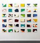 Dave Meijer schept spanning in zijn werk. Het roept de oneindige visuele rijkdom van de realiteit op.