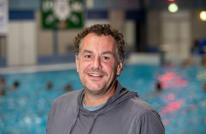 Alfred van Dorp stopt na één jaar als coach van vrouwen Polar Bears