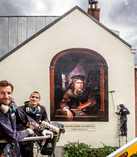 Zelfportret van leerling van Rembrandt siert zwartgeblakerde muur aan Gerard Doustraat
