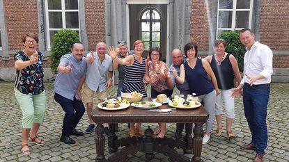 Burgemeester organiseert picknick bij kasteel
