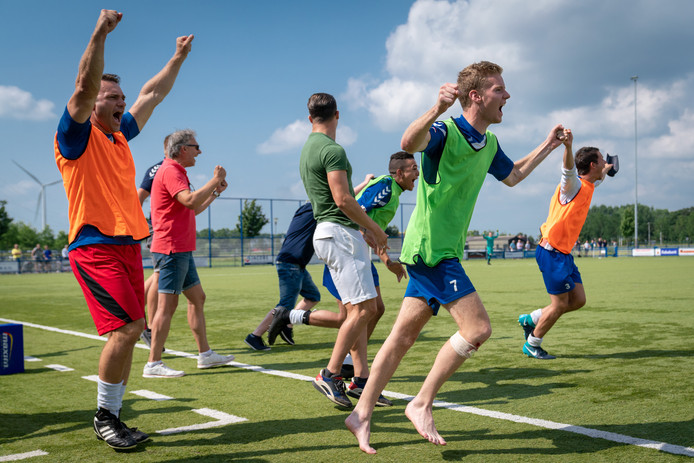 De Betuwse voetbalthriller in Oosterhout  is beslist.