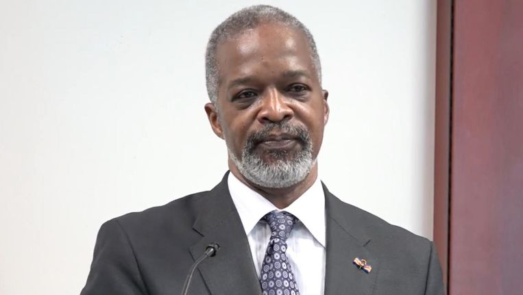 President van de Centrale Bank van Curaçao Emsley Tromp Beeld .
