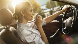 Op reis met de wagen? Uitdroging achter het stuur heeft hetzelfde effect als dronkenschap