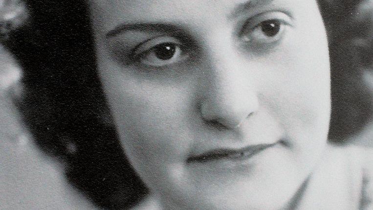 Sieny Cohen-Kattenburg in haar trouwjaar 1943. Beeld Daniel Cohen