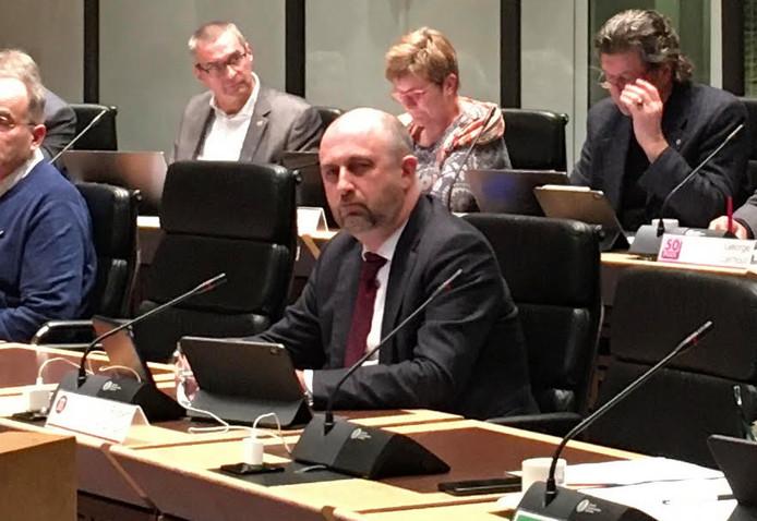 Statenlid Robert Koevoets (Forum voor Democratie) wil dat Zeeland het kabinet voor de rechter daagt over de marinierskazerne