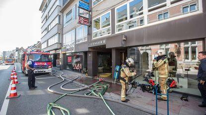 Grote verkeershinder na brandje in leegstaande winkel