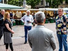 Deventer 'onderkoning' Hein te Riele toch niet helemaal stilletjes weg: uitgezwaaid met vliegtuigje