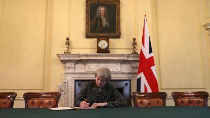 Brexit is officieel: May ondertekent EU-artikel 50