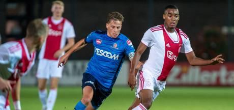 Gravenberch jongste Ajax-speler ooit in eredivisie