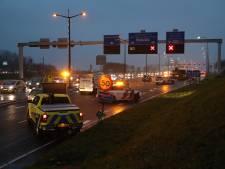 Kettingbotsing op N14 bij Leidschendam met vier auto's en busje