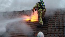 Huis volledig verwoest door brand, hond gered door brandweer