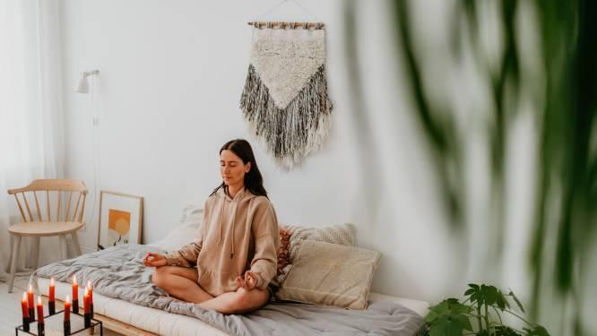 Meer concentratie, meer energie en minder stress: leer mediteren met deze laagdrempelige oefening
