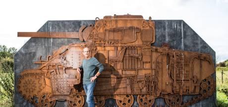 Kunstwerk transparante Shermantank als herinnering aan bloedige slag in de Betuwe