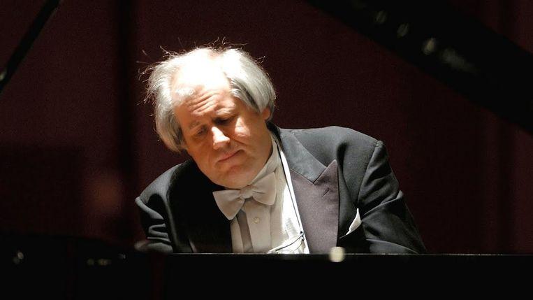 Grigori Sokolov. Beeld