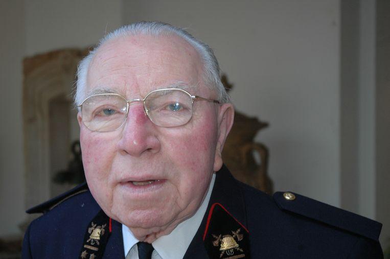 Voormalig schepen Paul Benoit, de laatste oud-strijder van Deerlijk, is begin deze week overleden in het ziekenhuis van Waregem.