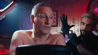Gert en James 'compleet geflipt' in een nieuw seizoen van 'Gert Late Night': dit zijn de eerste gasten