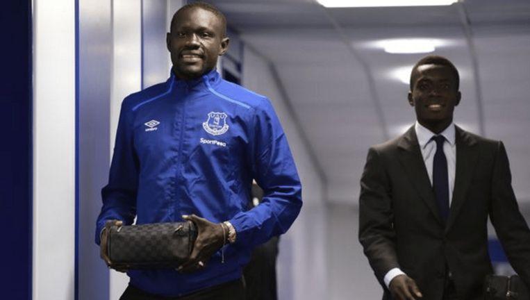 Niasse had nog geen maatpak van de club en trok dan maar in zijn training van Everton naar de match tegen Bournemouth.
