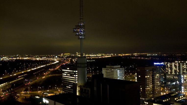 De Zuidas bij nacht Beeld anp