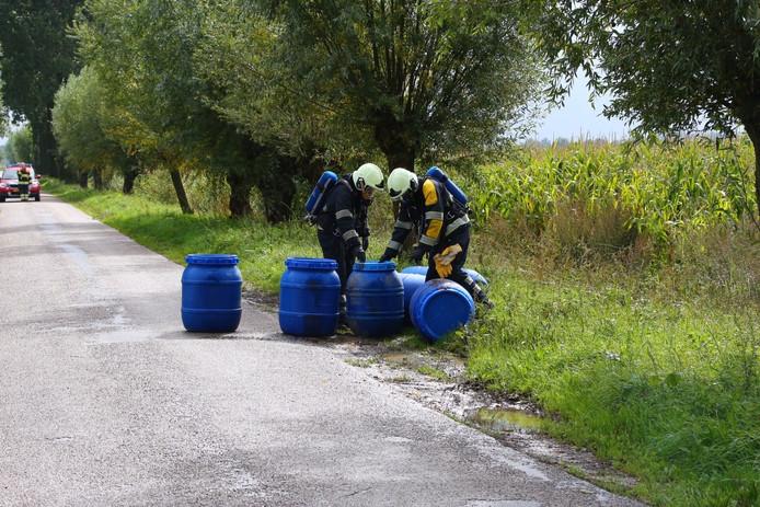 7 vaten met chemicaliën gevonden in Berghem