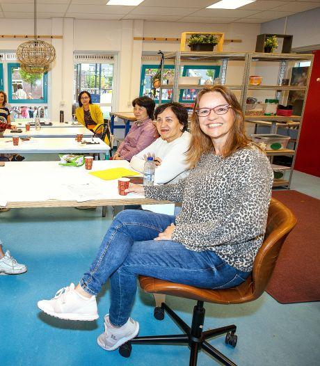 Taalcafé in Eindhoven is weer begonnen; 'Zonder taal voel je je niet thuis'