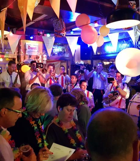 'Haawt oe eige nie in' motto carnaval Kuussegat
