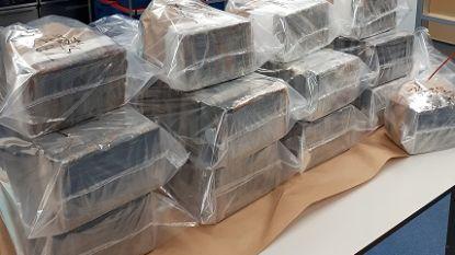 Bestelwagen met 300 kilo coke en kalasjnikovs onderschept in Breda, verdachte passeerde grens met België