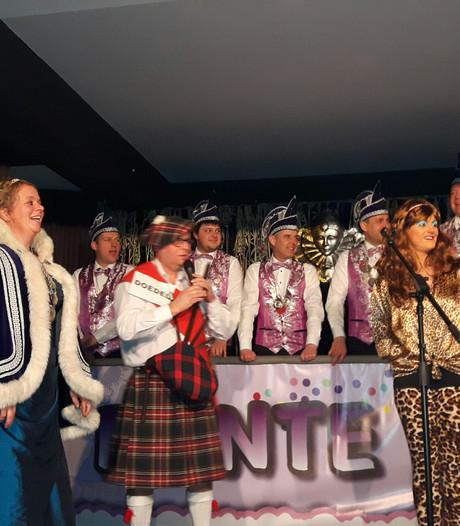 Succesvolle debutanten bij de Duizelse Bonte Avond