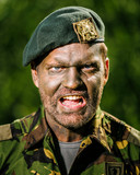 Derk Boswijk als reserveofficier bij de Koninklijke Landmacht.