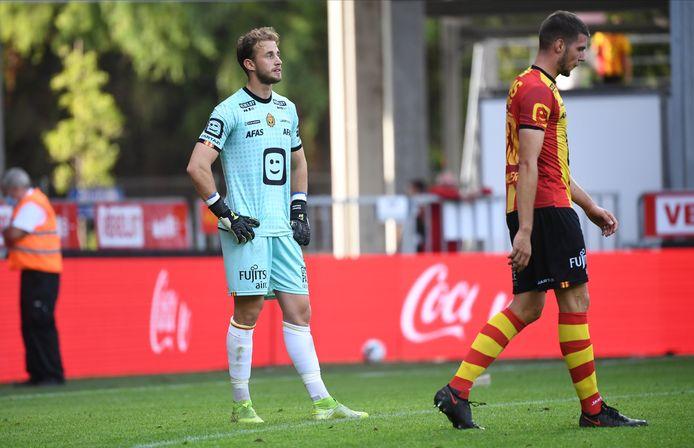 De frustratie bij Gaëtan Coucke is duidelijk te merken na de zure 0-1-nederlaag tegen KVO.