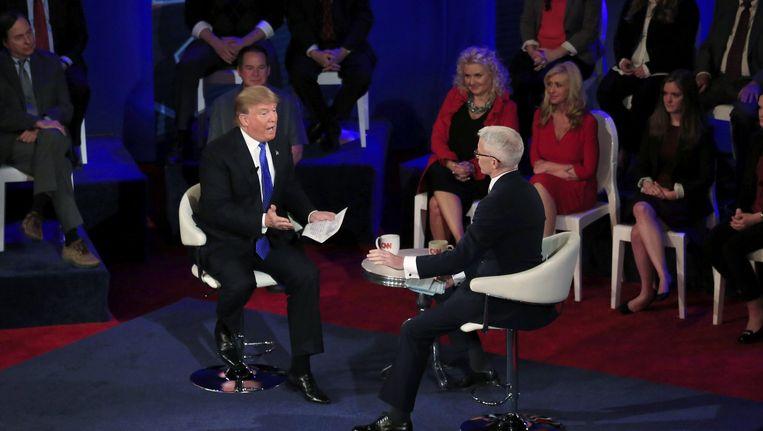 Trump wordt geïnterviewd door Anderson Cooper. Beeld afp